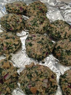 Thumbnail image for salmon cakes cooking class 2.jpg